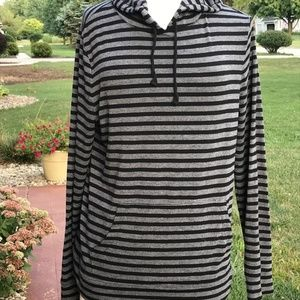 Old Navy Striped Pull Over Hoodie (9)